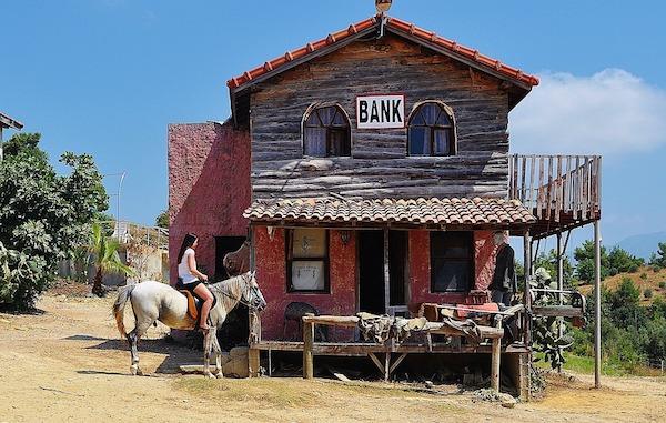 E il bello per le banche tradizionali deve ancora venire, sapevatelo!